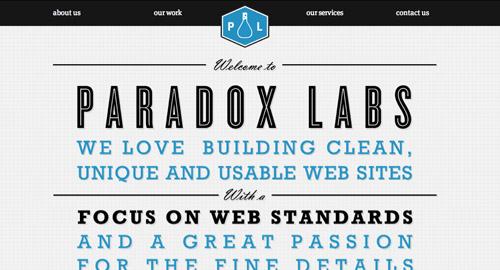 左右対称のWebサイトデザイン